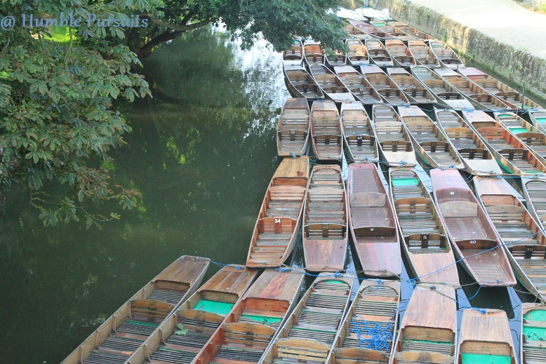 Punting, Punts, Oxford, England, UK